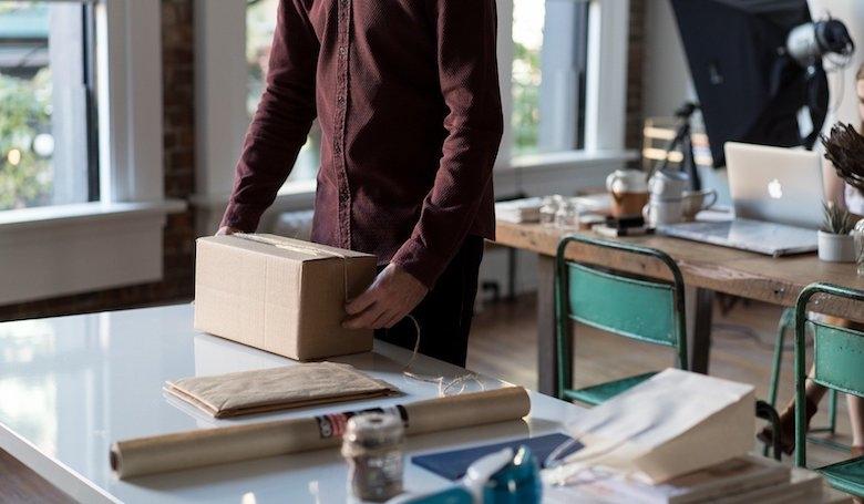 小規模から始める輸出 出店準備から発送まで