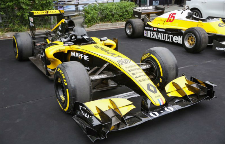 ルノーがTmallデザインのF1最新車両を発表