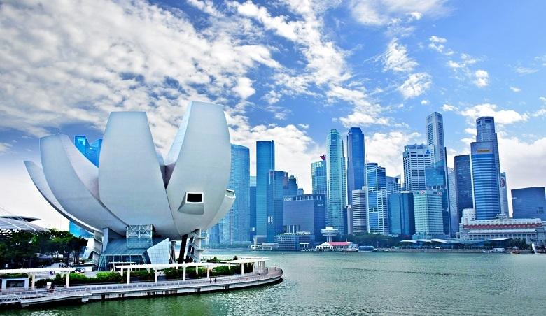 シンガポールの越境EC市場動向は?売れ筋商品と人気のECサイト