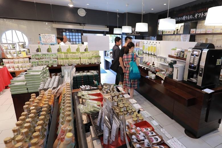 こだわりの伝統食品で、人びとの健康で豊かな生活を創造する。 株式会社ヤマサン