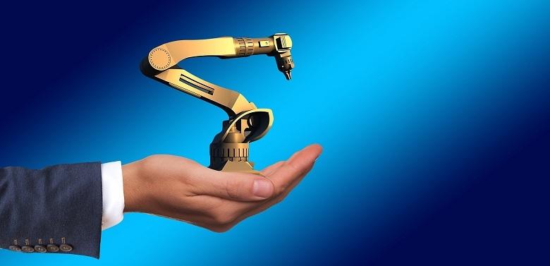 中小企業でもロボットを導入できる時代。話題の協働ロボットとは